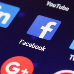 mídias sociais